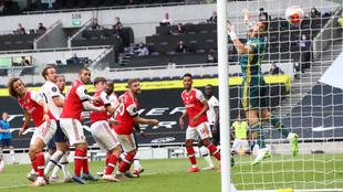 El gol de Alderweireld decidió el derbi de Londres en el minuto 81.
