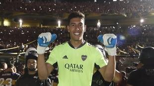 Esteban Andrada celebra un título con Boca