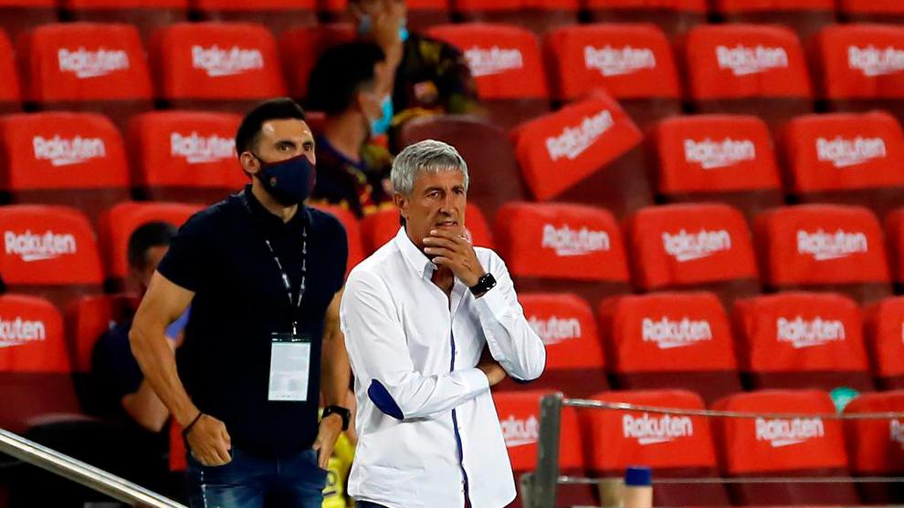 Quique Setién, durante un momento del partido ante Osasuna.