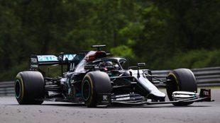 Lewis Hamilton se quedó con la victoria en Hungría
