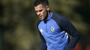 Fernando Gago durante un entrenamiento de Vélez