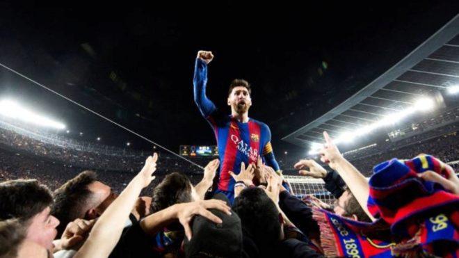 La foto de Santiago Garcés con Leo Messi.