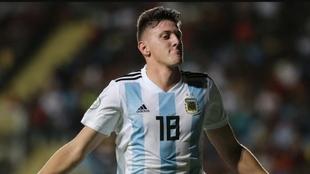 Adolfo Gaich celebra un gol en la Selección Argentina Sub 20