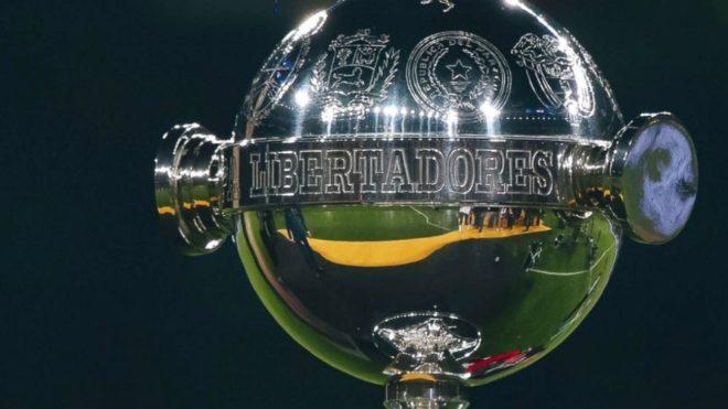 Boca pide retrasar la Libertadores.