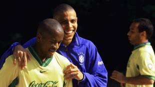 Ze Roberto, con Ronaldo en la selección brasileña.