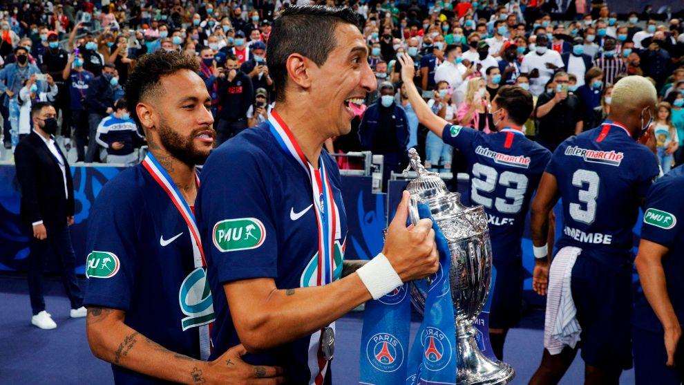 Paris Saint-Germain's Brazilian forward Neymar (R) and Paris Saint-Germain's Argentine midfielder Angel <HIT>Di</HIT> <HIT>Maria</HIT> celebrate with the trophy after winning the French Cup final football match between Paris Saint-Germain (PSG) and Saint-Etienne (ASSE) on July 24, 2020, at the Stade de France in Saint-Denis, outside Paris. (Photo by GEOFFROY VAN DER HASSELT / AFP)