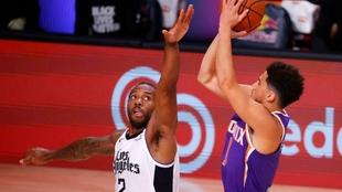 Devin Booker volvió a brillar para Phoenix Suns