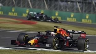 Max Verstappen se queda con su primer triunfo de la temporada