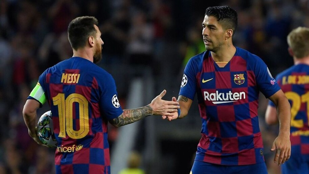 Luis Suárez junto a Messi durante un partido del Barcelona.