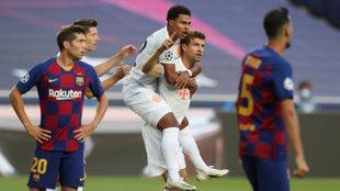 Thomas Müller festeja un gol ante Barcelona