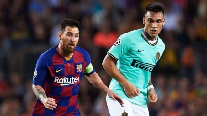 Leo Messi y Lautaro Martínez durante un Barcelona vs Inter.