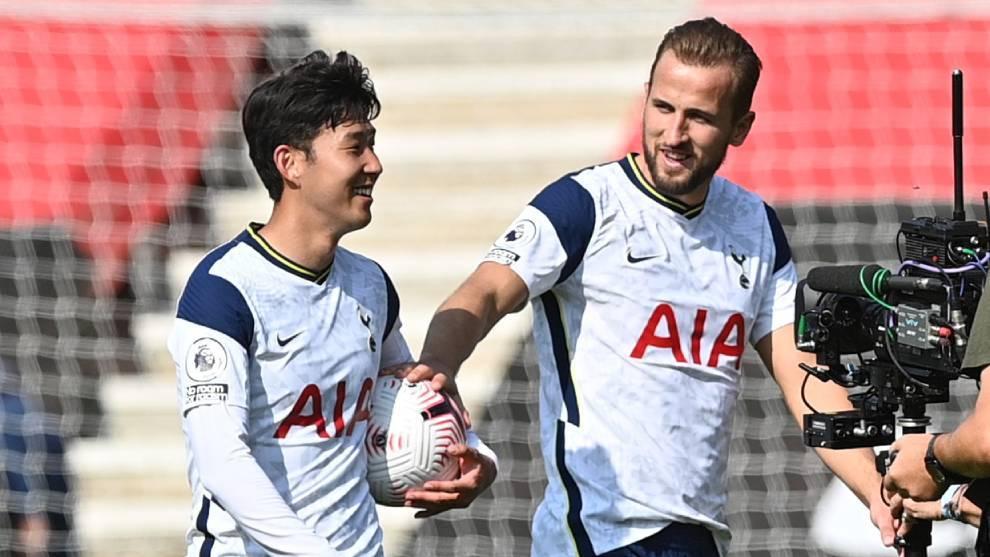 Son y Kane, celebrando uno de los goles del Tottenham ante el...