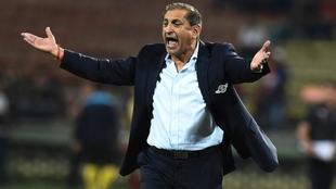 Ramón Díaz deja de ser el entrenador de Libertad