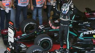 Valtteri Bottas se llevó el triunfo en Rusia