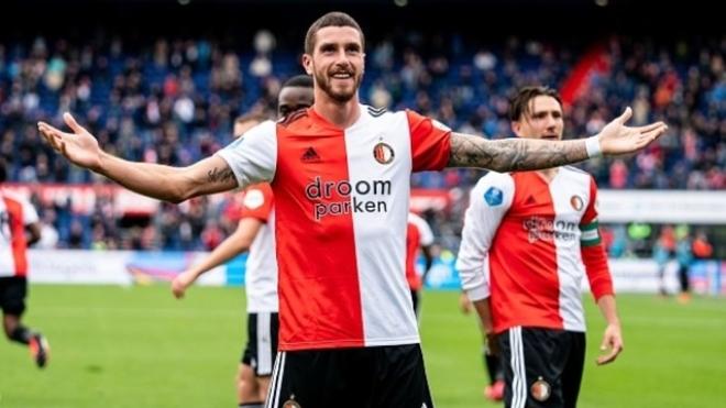 El festejo de gol de Marcos Senesi en el Feyenoord