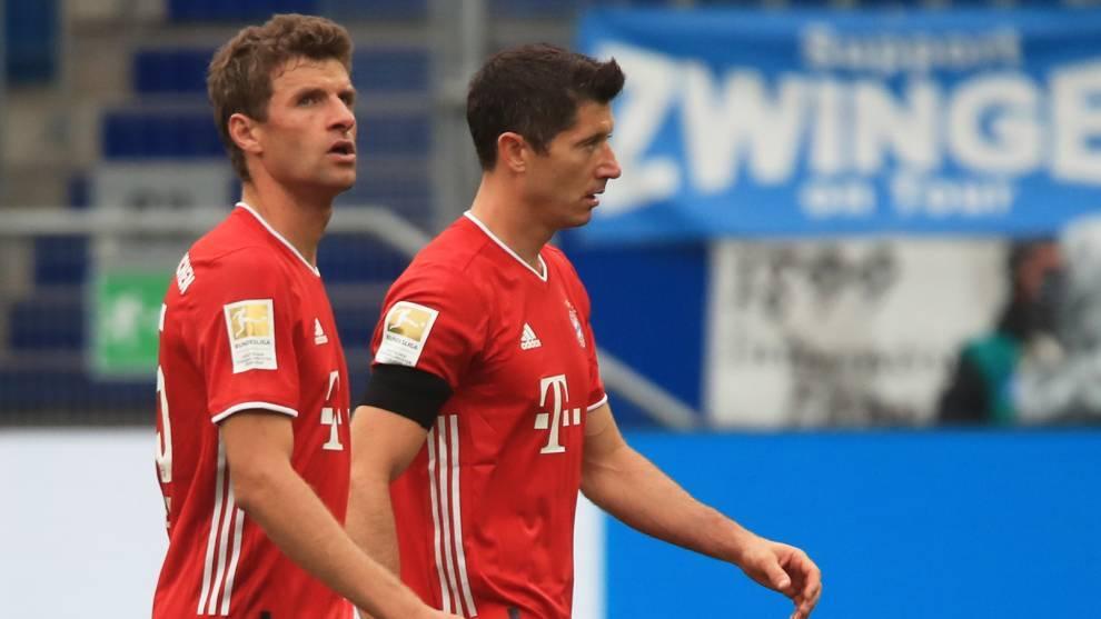 Muller y Lewandowski, en la derrota del Bayern contra el Hoffenheim en...