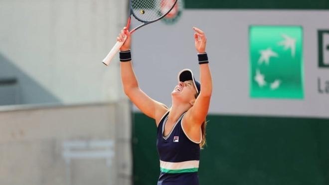 Nadia Podoroska avanza en Roland Garros