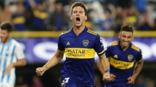 Franco Soldano grita su primer gol en La Bombonera, ante Atlético...