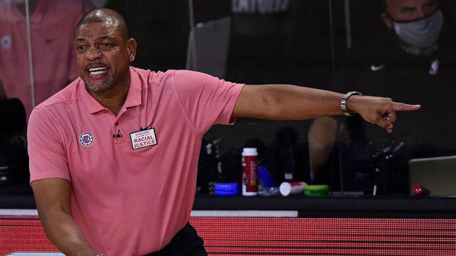 Doc Rivers durante un partido con los Clippers