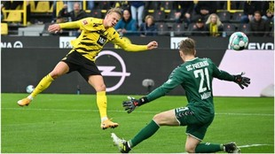 Haaland bate a Müller