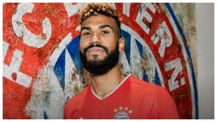 Erik Choupo-Moting con la camiseta del Bayern