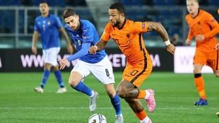 Depay, durante el partido de Holanda ante Italia.