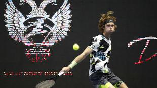 Andrei Rublev venció a Borna Coric en el ATP de San Petersburgo
