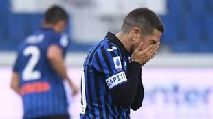 El Papu Gómez, lamentándose en el partido que la Atalanta perdió...