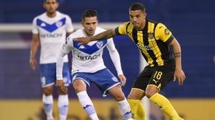 Fernando Gago regresó a jugar en Vélez Sarsfield