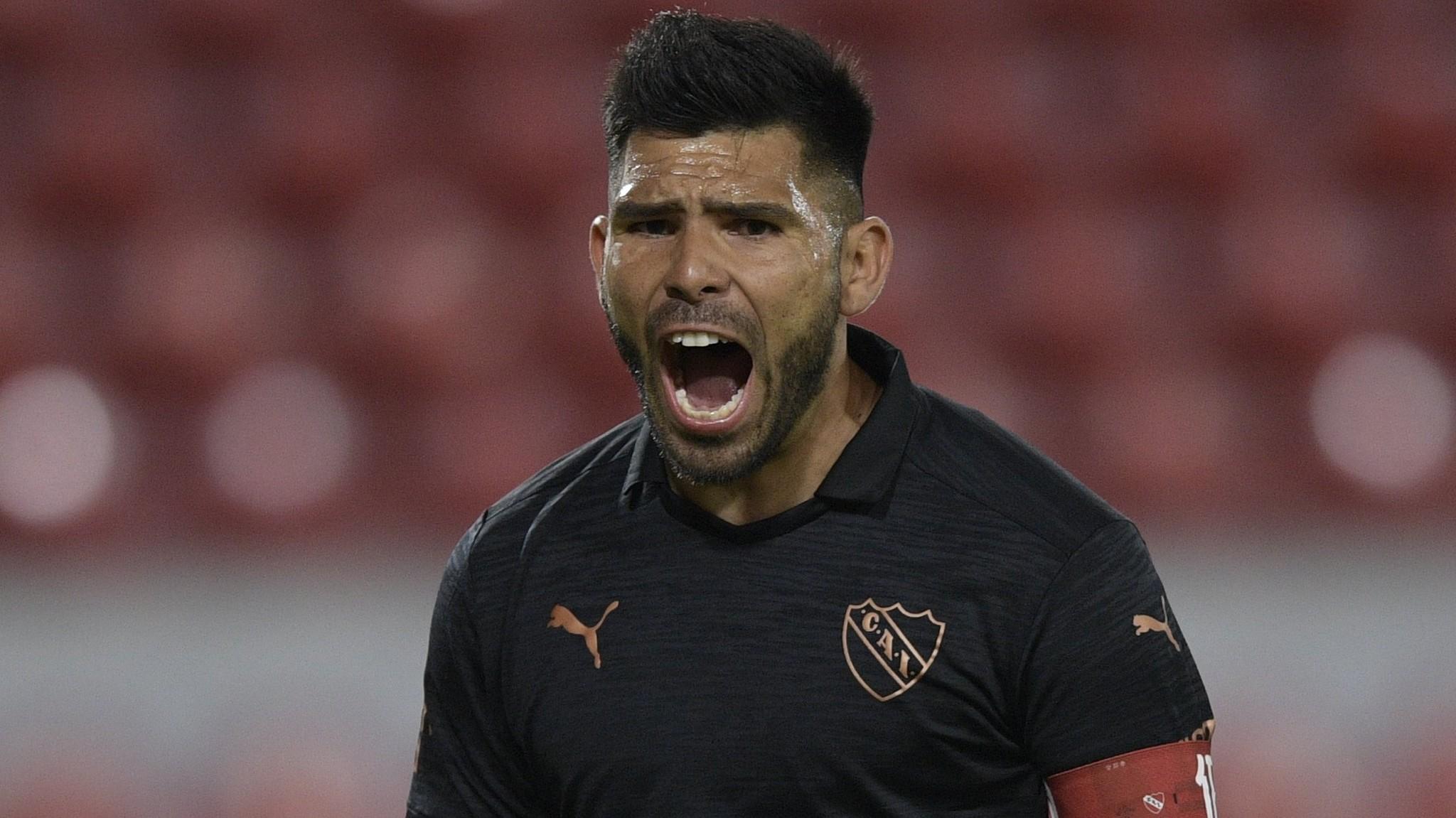 Silvio Romero convirtió el gol del triunfo para Independiente sobre Atlético Tucumán