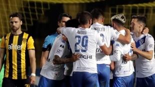 Vélez eliminó a Peñarol en la Copa Sudamericana
