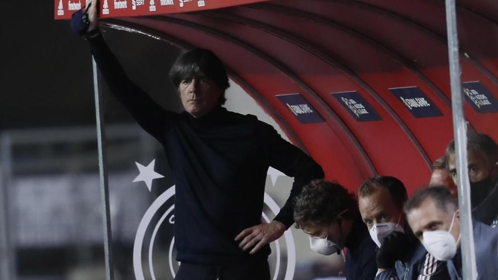 Löw durante el partido ante España.