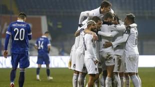 Los jugadores de Italia celebran uno de sus goles.