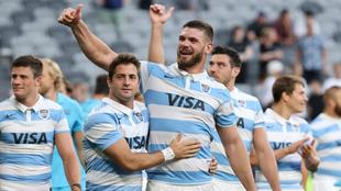 Los jugadores argentinos celebran su histórica victoria frente a...