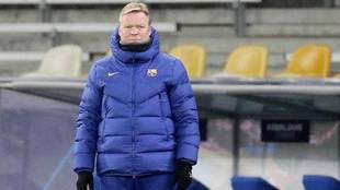 Ronald Koeman, durante el partido ante el Dinamo de Kiev