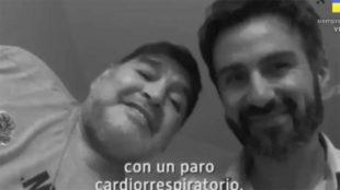 Leopoldo Luque, junto a Maradona.