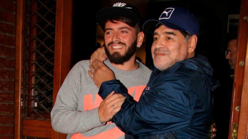 Diego y su hijo, juntos en la imagen
