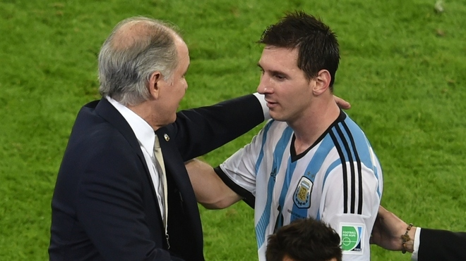 Fútbol: Alejandro Sabella, el entrenador que conquistó a Leo Messi | MARCA Claro Argentina