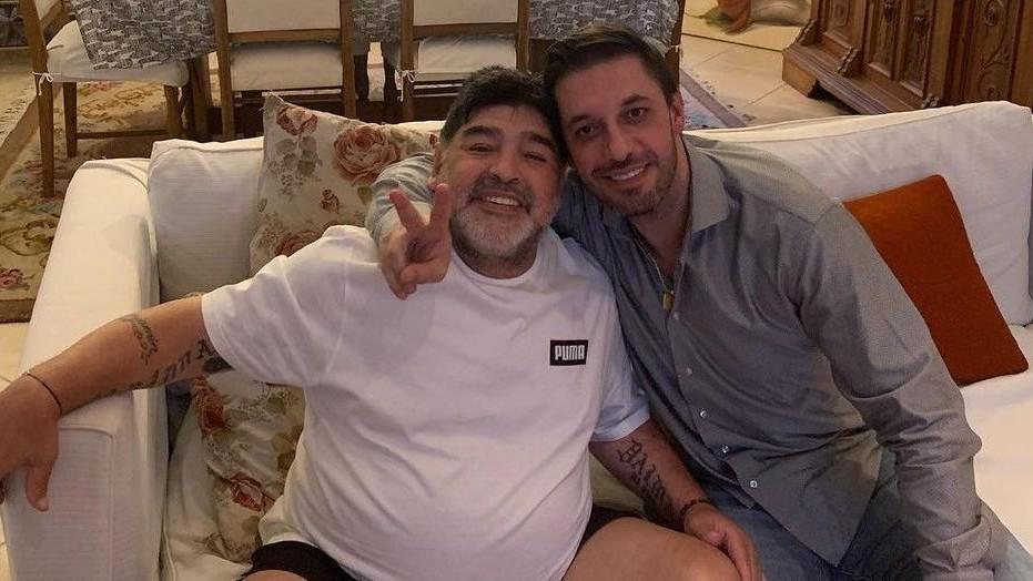 Maradona, junto a Morla.