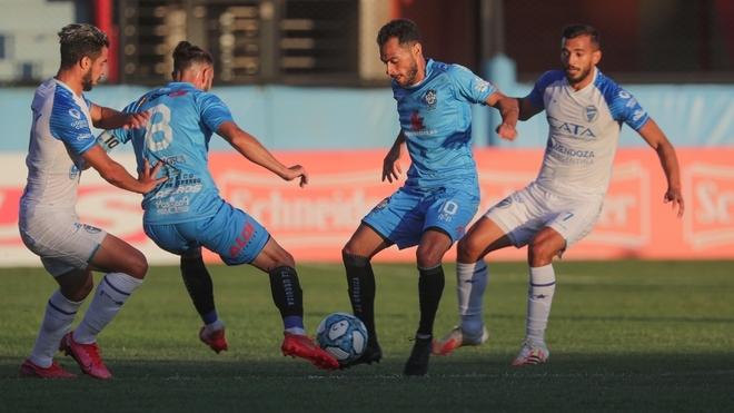 Godoy Cruz enfrentará a Rosario Central o Boca Unidos en la próxima...