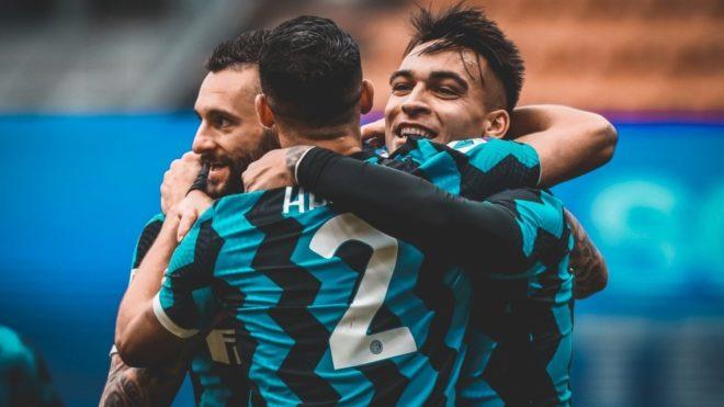 Lautaro Martínez convirtió tres goles en el triunfo del Inter v...