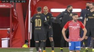 Messi se marcha para dejar su sitio a Braithwaite ante el Granada