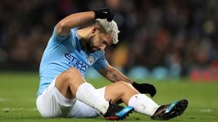 Kun Agüero se lamenta durante un partido con el Manchester City