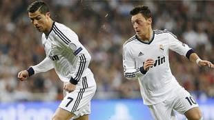 Cristiano Ronaldo y Ozil, en su etapa en el Real Madrid
