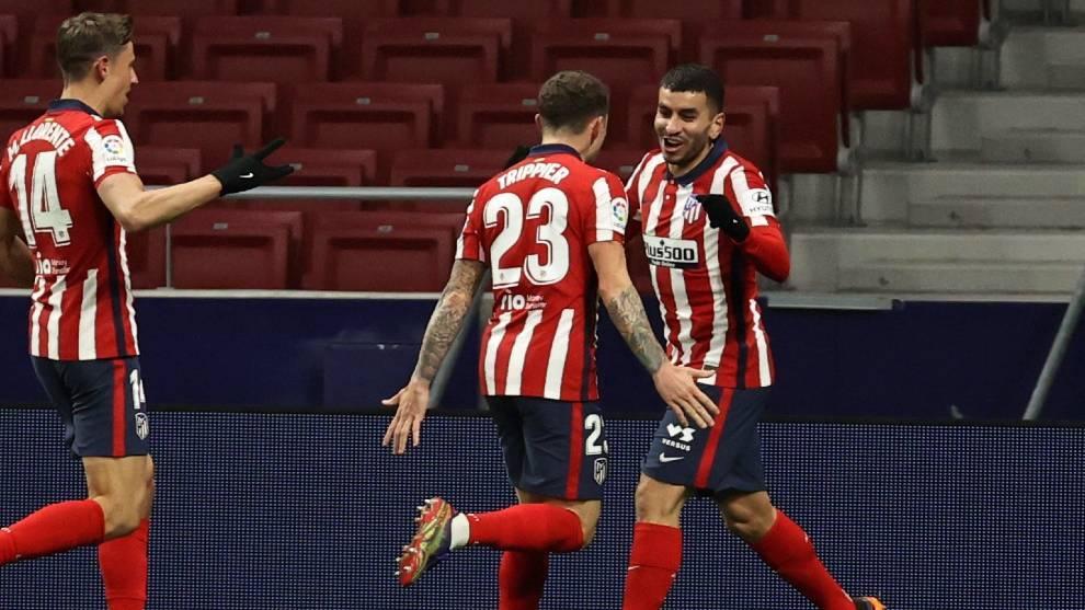 Ángel Correa celebra su gol ante el Sevilla
