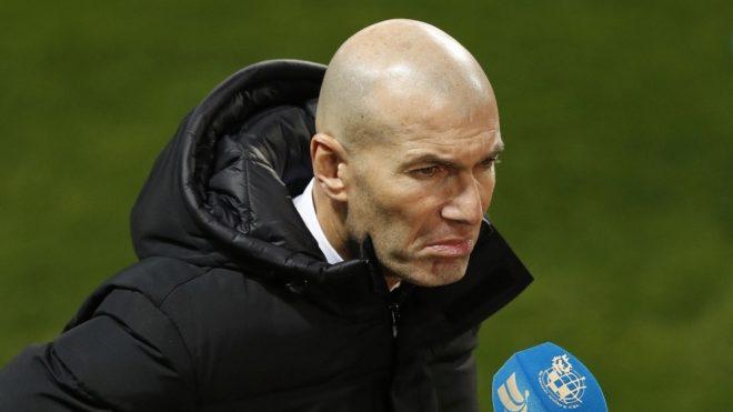 Zidane habla con la prensa tras la derrota en la Supercopa.