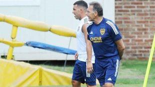Tévez y Russo, en un entrenamiento.