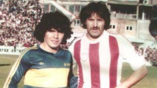 Leopoldo Jacinto Luque y Diego Armando Maradona