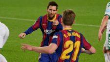 Messi celebra uno de sus goles contra el Elche.