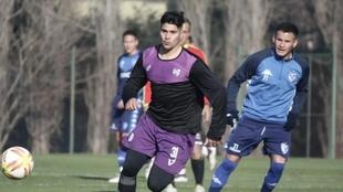Catriel Sánchez, delantero de Villa Dálmine, fue apuñalado